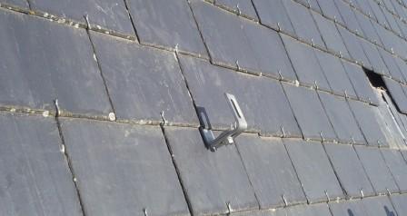 zonnepanelen installatie op leien